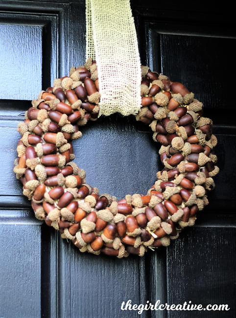 Acorn-Wreath-with-watermark the girl creative-www.thedecoratednest.com