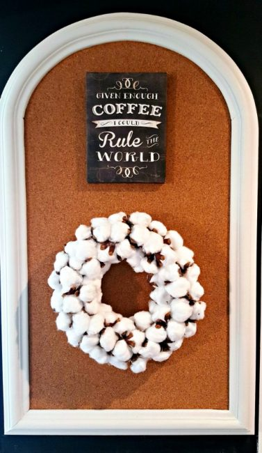 cotton-boll-wreath-on-bulletin-board-make-a-fake-cotton-boll-wreath-www.nesteddesigncompany.com
