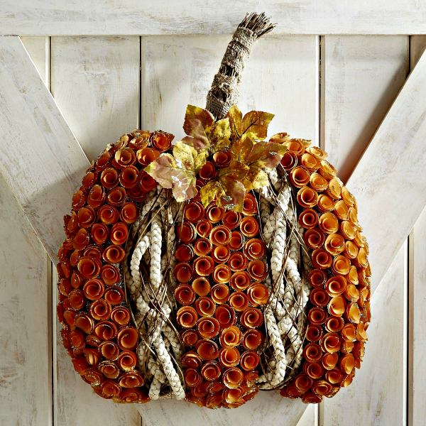 wood curl pumpkin wreath-20-Fall-Pumpkins-to-Make-or-buy-www.nesteddesigncompany.com