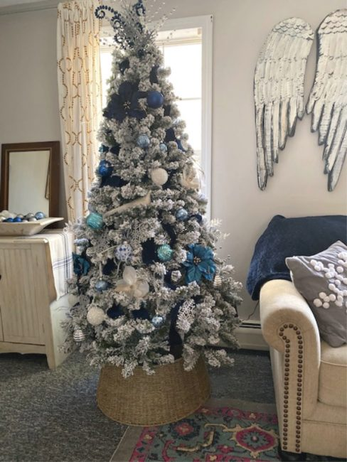 our craft mom elegant flocked tree blue and silver-2-inspirational-christmas-trees-www.nesteddesigncompany.com