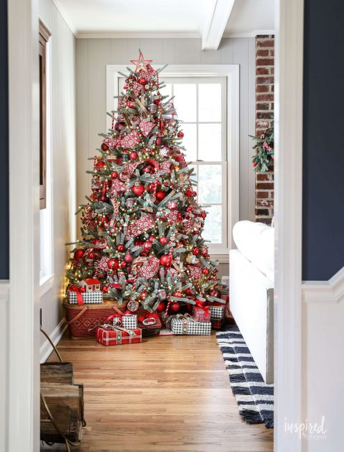 red-christmas-tree-inspired by charm-12-INSPIRING-CHRISTMAS-TREES-www.nesteddesigncompany.com